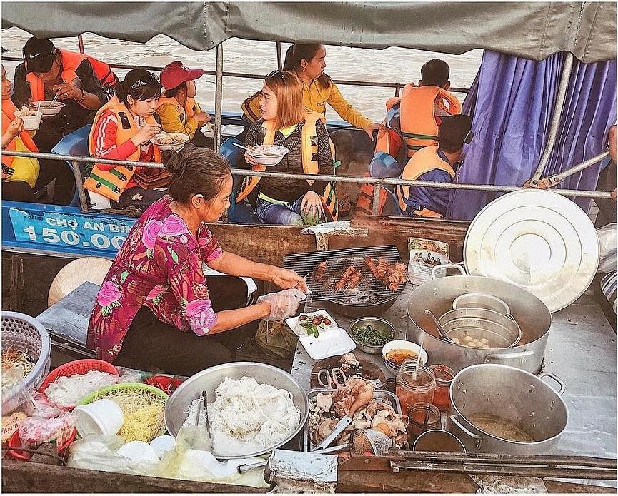 Chợ nỗi Cái Răng - địa điểm ăn uống
